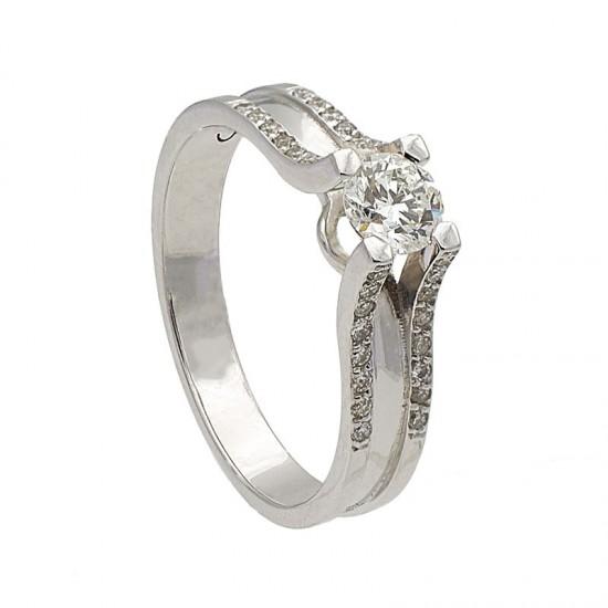 Sortija diamante central  y cuatro brazos
