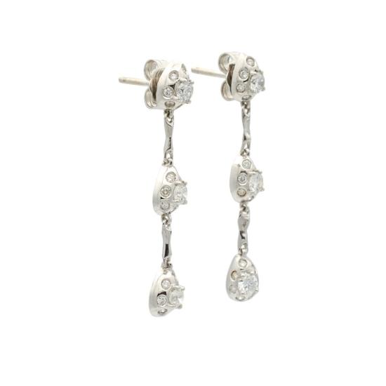 Pendientes largos de oro blanco y diamantes - 1011